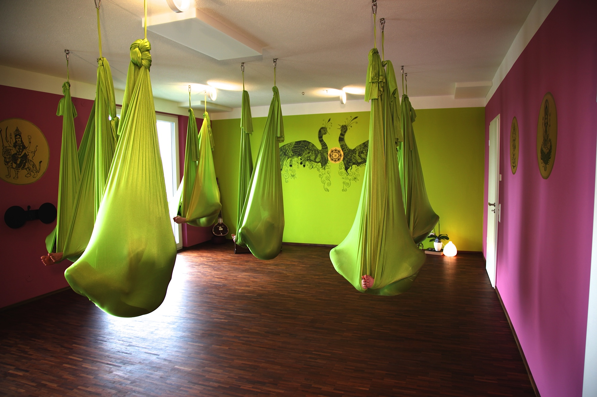 gallery via yoga. Black Bedroom Furniture Sets. Home Design Ideas